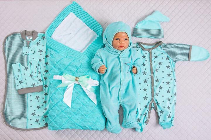 Одежда для новорожденных на рынке Садовод