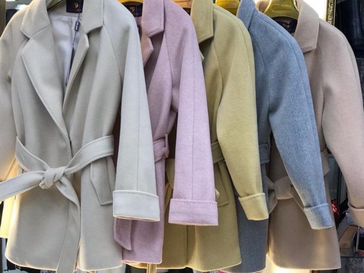 Пальто на рынке Садовод