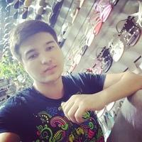 Али Нодиров (Садовод 23-09) - продавец обуви для мужчин, женщин и детей